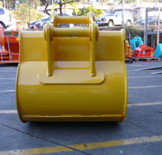 15.0 22.9T 1100mm GP bucket (2)