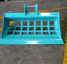 0.0   1.0T Sieve Bucket with optional arrow bar (2) web